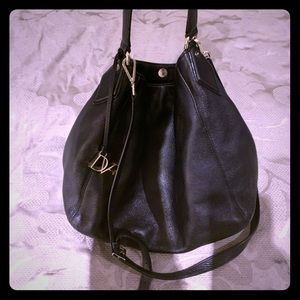 Diane Von Furstenberg black leather tote/hobo